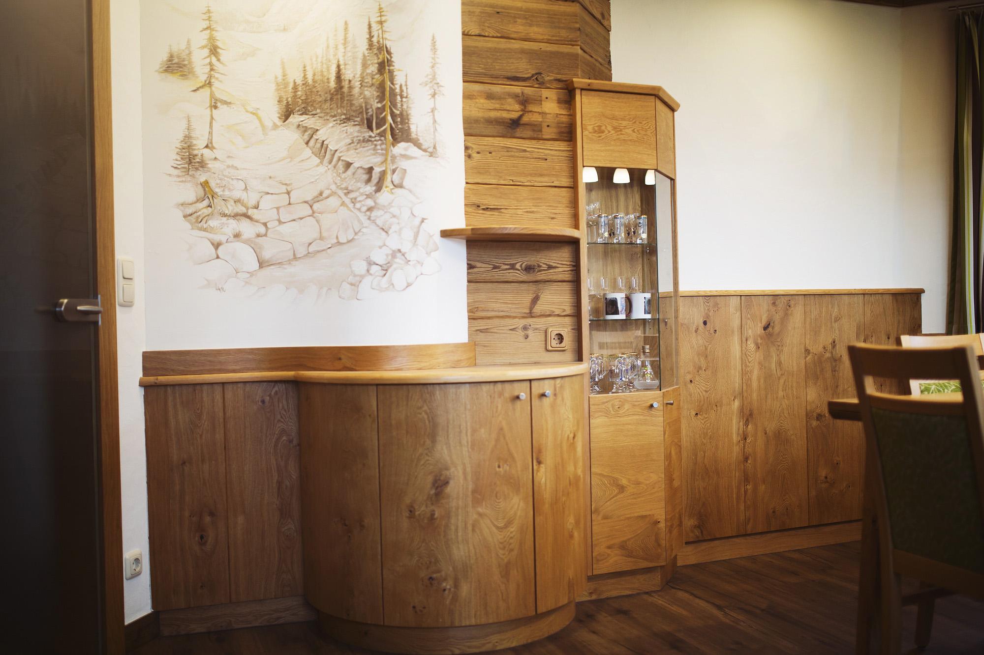 Wohnzimmer - Tischlerei Auer - Fenster Türen Möbel